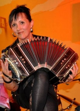 Stéphanie Rodriguez au Gala accordéon de St-Pierre en Faucigny (74)